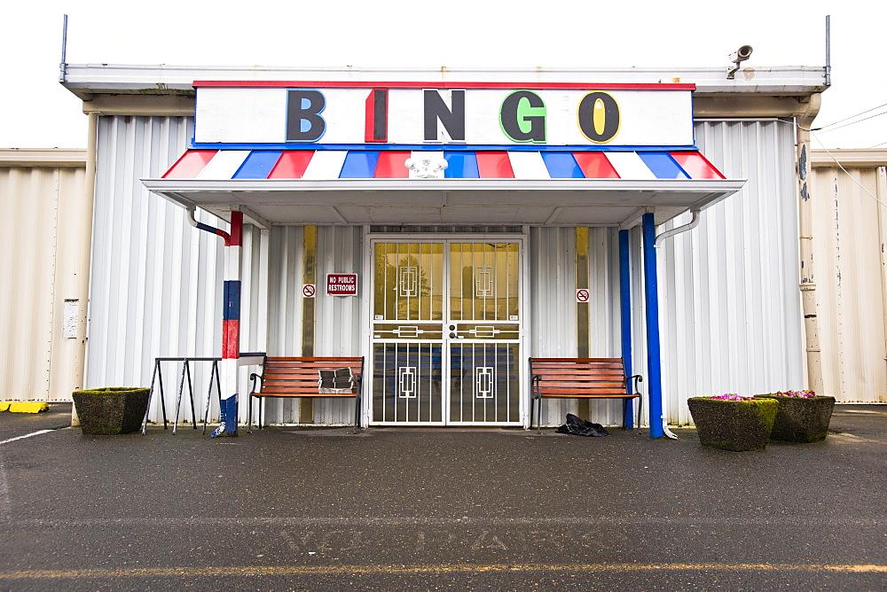 The outside of a bingo hall in Portland, Oregon.