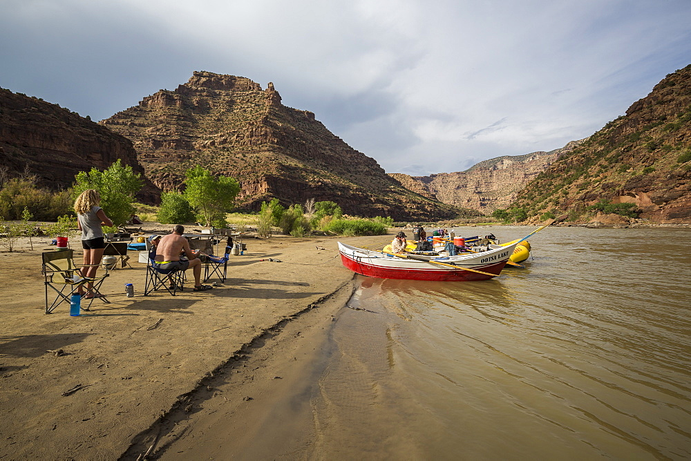 Camp on a Green river rafting trip, Desolation/Gray Canyon section, Utah, USA