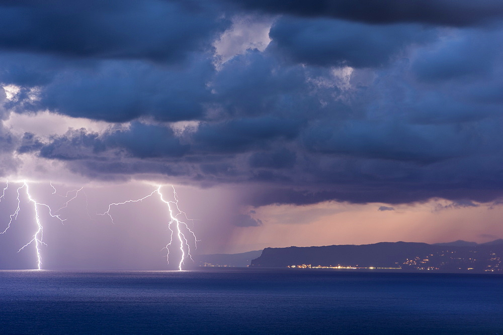 Two branched lightning strikes in the Bay of Genoa - Italy