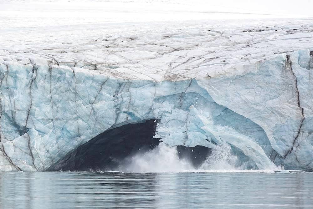 Calving or collapse of glacier Pedasenkobreen, Spitzberg, Svalbard