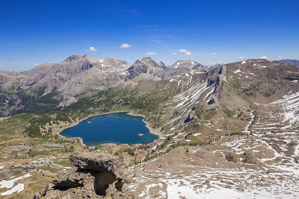 Lake Allos (2226 m) dominated by Mont Pelat (3051m), view from the Tours du Lac, Haut-Verdon, Mercantour National Park, Alps, France