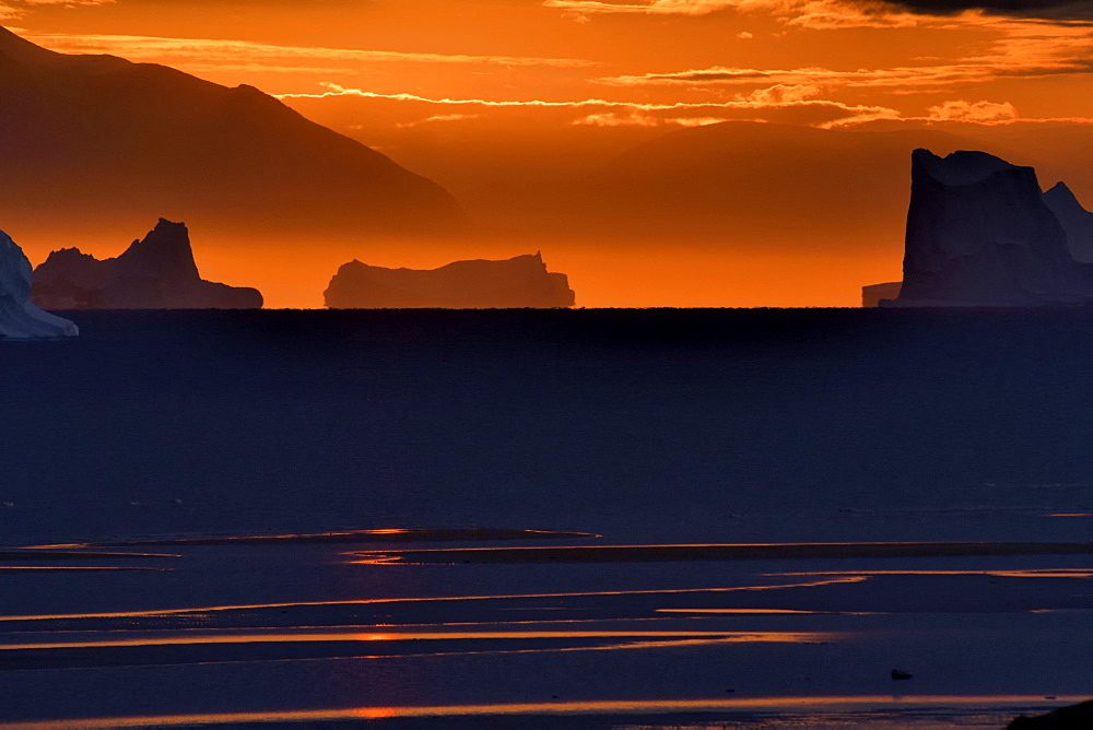 Light in the Scoresbysund. North East Greenland