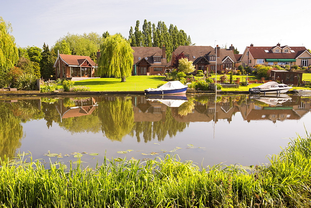 Water front houses in Barrow upon Soar in Leicestershire, next to the river Soar.