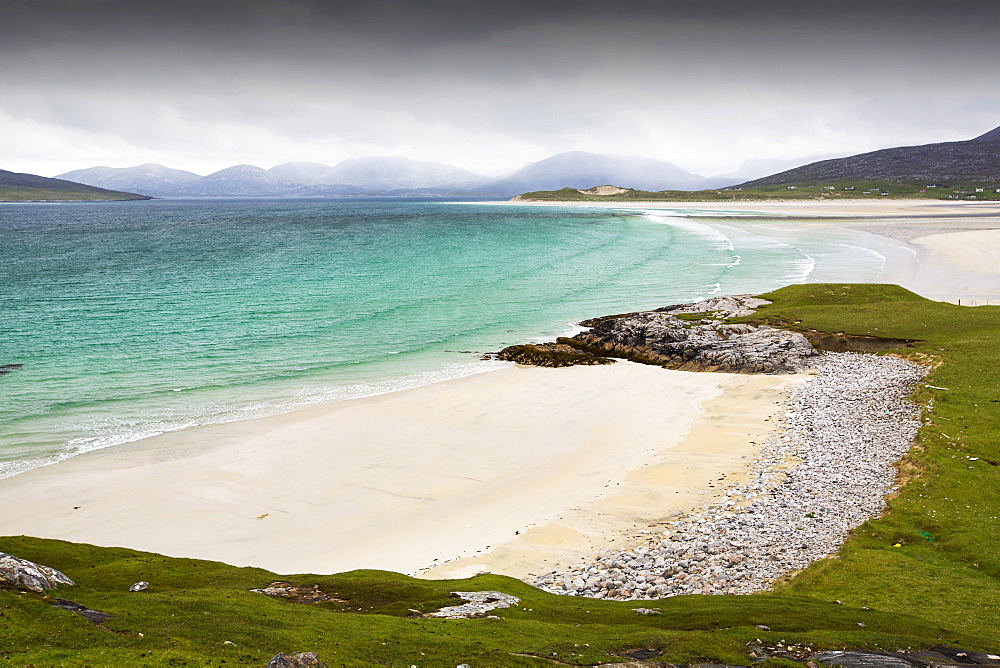 The famous Luskentyre Beach on the Isle of Harris, Outer Hebrides, Scotland, UK. - 911-10909
