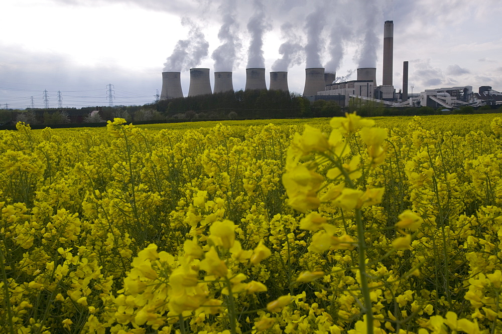 Ratcliffe on Soar, a massive coal powered power station in Nottinghamshire, England, United Kingdom, Europe - 911-1832