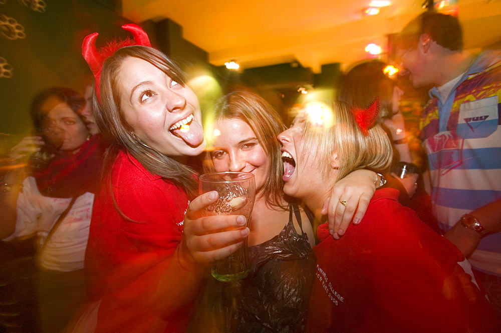 Students from Lancaster University binge drinking and having a good night out, Lancaster, Lancashire, England, United Kingdom, Europe