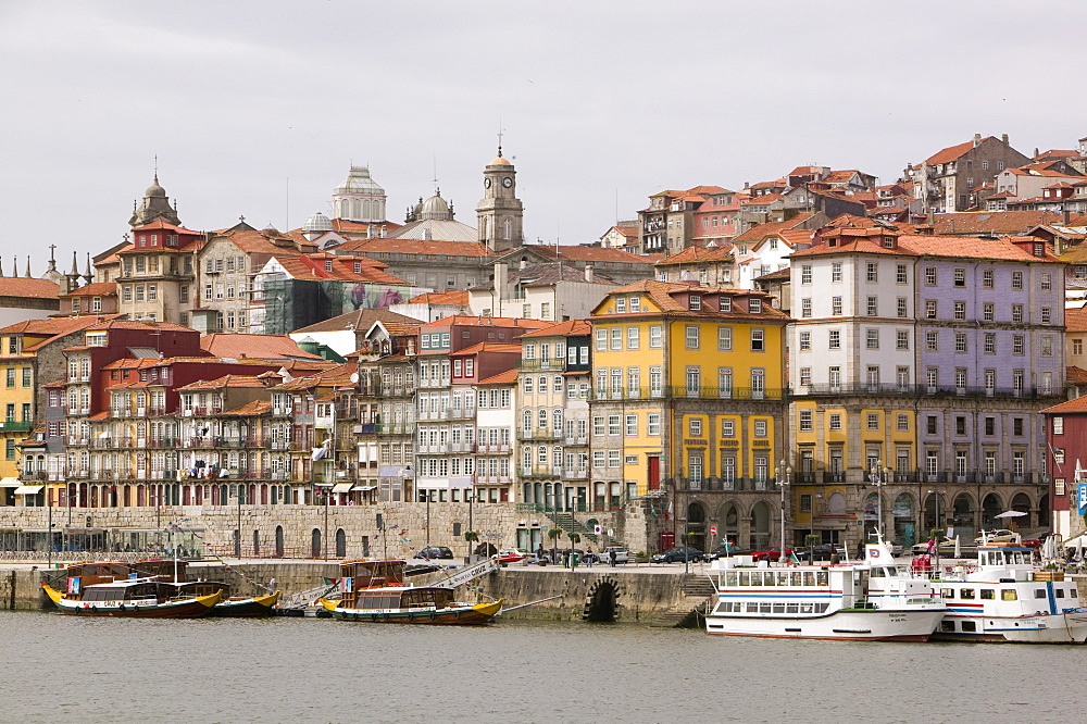 The ancient heritage centre of Porto, UNESCO World Heritage Site, Portugal, Europe