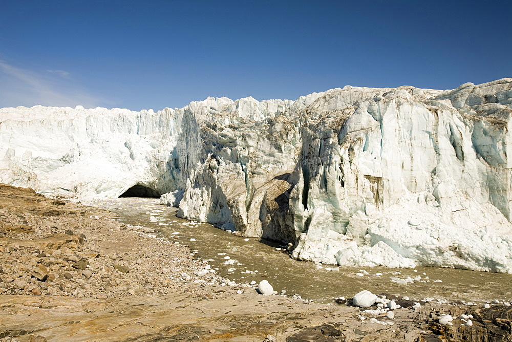 The Russell Glacier draining the Greenland icesheet inland from Kangerlussuaq on Greenland's west coast, Greenland, Polar Regions