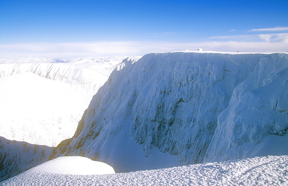 The summit of Ben Nevis, the UK's highest peak, in winter, Scotland, United Kingdom, Europe