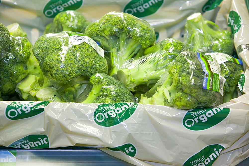 Organic broccoli for sale on supermarket shelves, Cumbria, England, United Kingdom, Europe