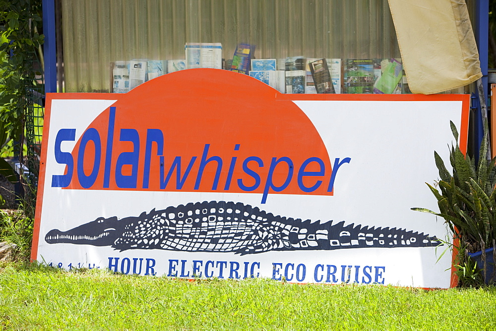 Solar powered wildlife cruise on the Daintree River, Queensland, Australia, Pacific - 911-6079
