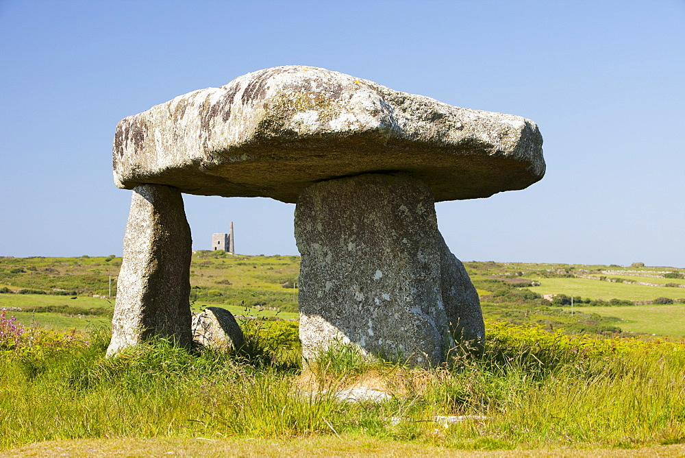 Lanyon Quoit near St. Just in West Cornwall, England, United Kingdom, Europe