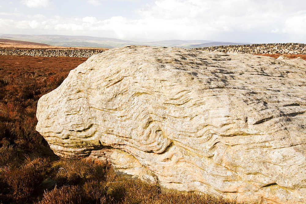 The Thimble Stones, millstone grit boulders near the summit of Ilkley Moor, West Yorkshire, England, United Kingdom, Europe