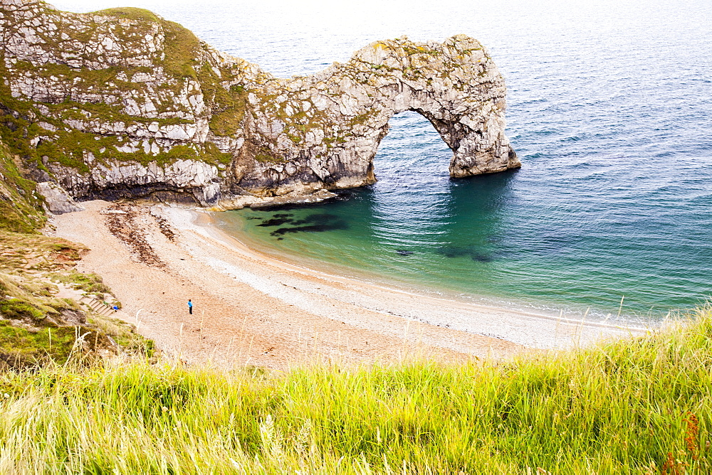 Durdle Door, a famous sea arch on the Jurassic Coast near Lulworth, UNESCO World Heritage Site, Dorset, England, United Kingdom, Europe