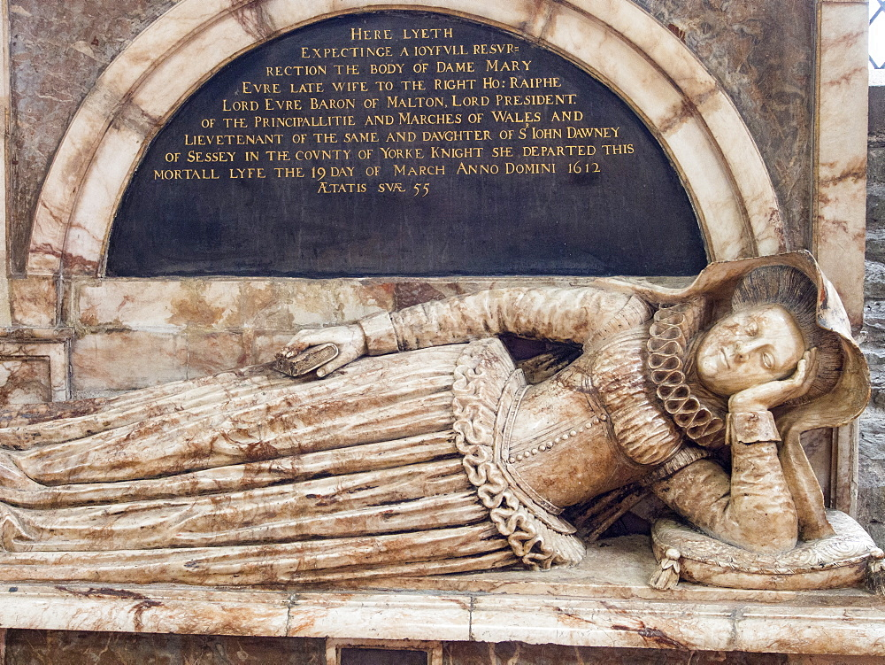 The sarcophagus of Dame Mary Evre in St. Laurences church in Ludlow, Shropshire, England, United Kingdom, Europe