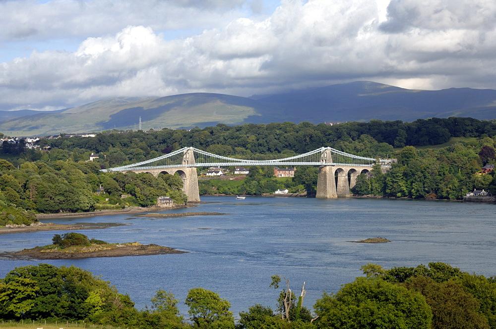 Menai Suspension Bridge, Anglesey, Wales, UK, Europe