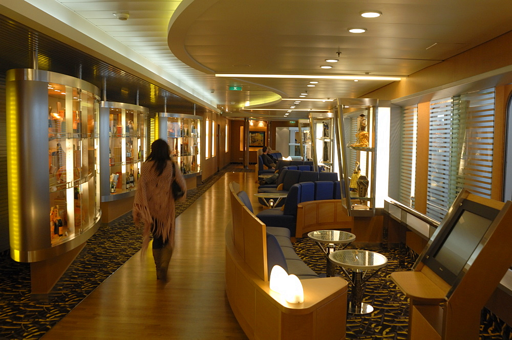 Lounge area, Pont Aven ferry, Brittany Ferries, Plymouth to Roscoff crossing, Atlantic Ocean        (rr)