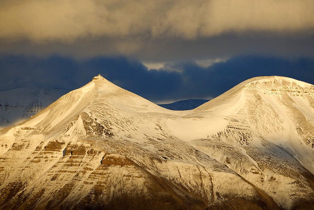 Billefjorden, Spitsbergen, Svalbard, Norway, Scandinavia, Europe - 918-88