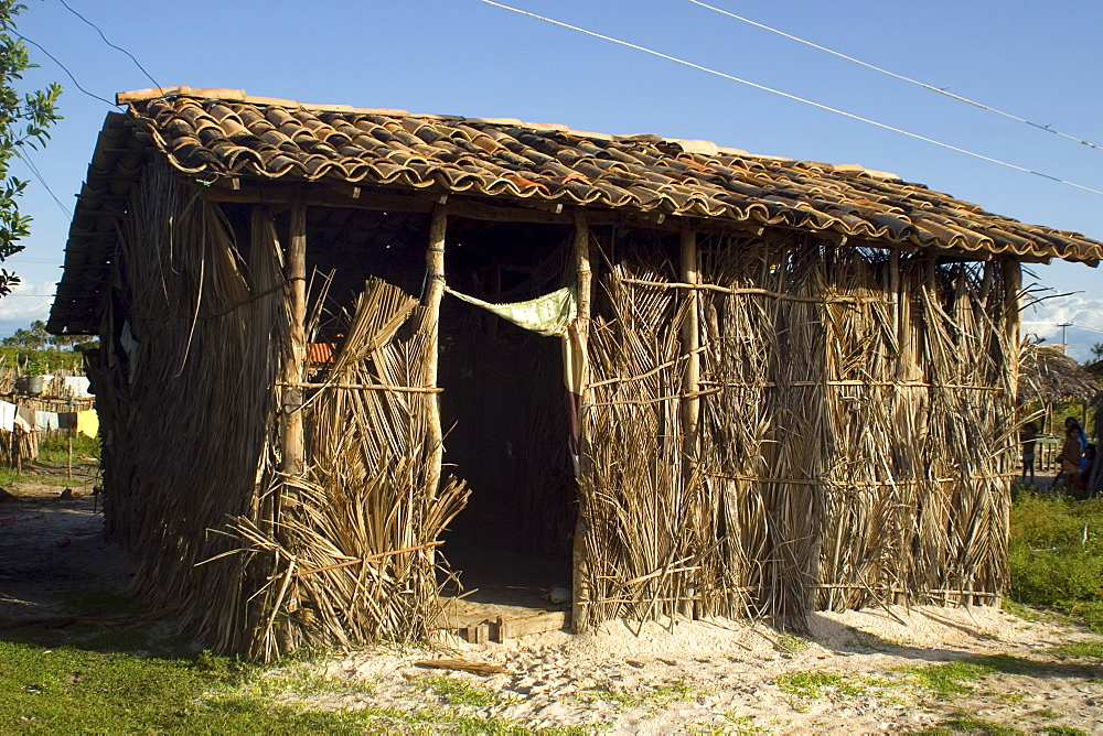 Poor house made of haystack, Santo Amaro, Maranhao, Brazil, South America - 920-857