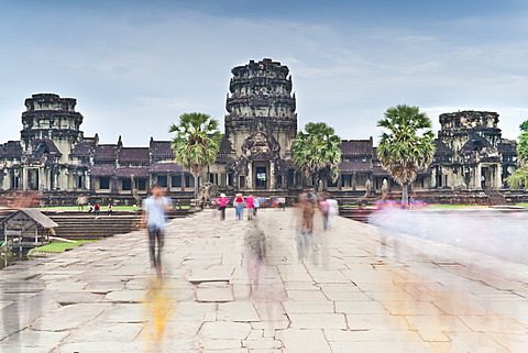 Temple Complex of Angkor Wat, Angkor, UNESCO World Heritage Site, Siem Reap, Cambodia, Indochina, Southeast Asia, Asia  - 921-1265