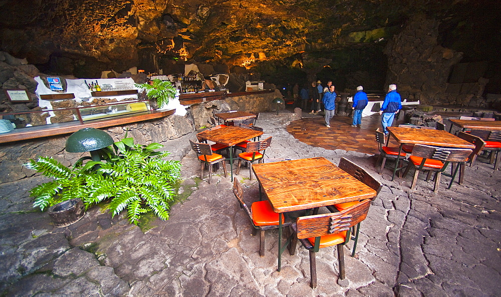 Spain, Lanzarote, Canary Islands, Jameos del Agua , volcanic cave, Cesar Manrique Site of interest, bar, restaurant, caffe. Arrecife, Jameos Del Agua, Lanzarote. Canary Islands
