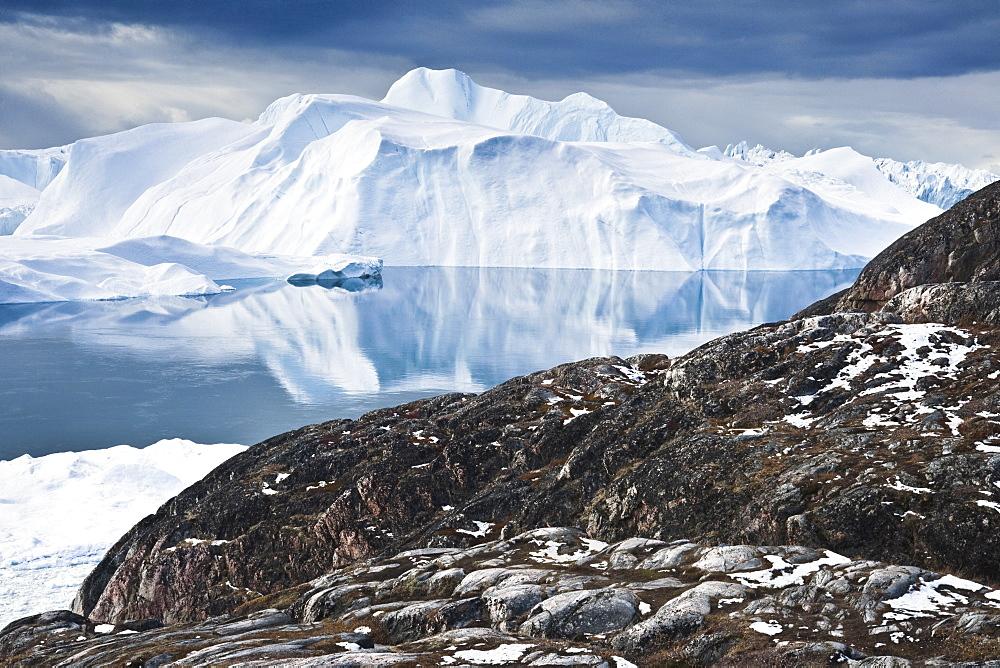 Icebergs, glacier, icefjord. Disko Bay, Ilulissat, Jakobshavn, Qaasuitsup, Greenland (Denmark), North America