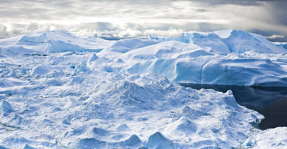Icebergs, glacier, icefjord, Disko Bay, Ilulissat, Jakobshavn, Qaasuitsup, Greenland (Denmark), North America