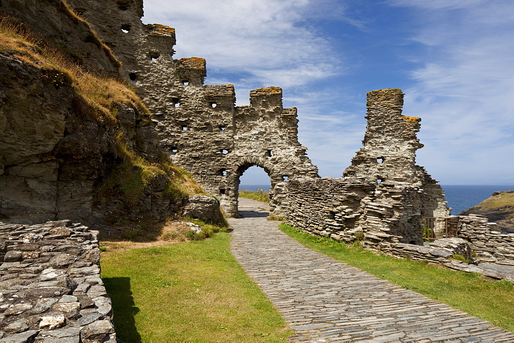 Inner Ward in the ruins of Tintagel Castle (Castel Dyntagell) dating from the 13th-century, Tintagel, Cornwall, England, United Kingdom, Europe