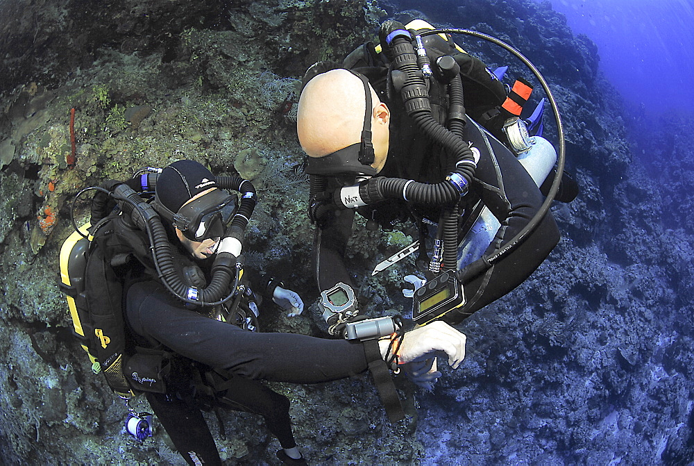 Technical Divers using Trimix, Rebreathers and technical diving equipment, Divetech, Grand Cayman, Cayman Islands, Caribbean - 970-818