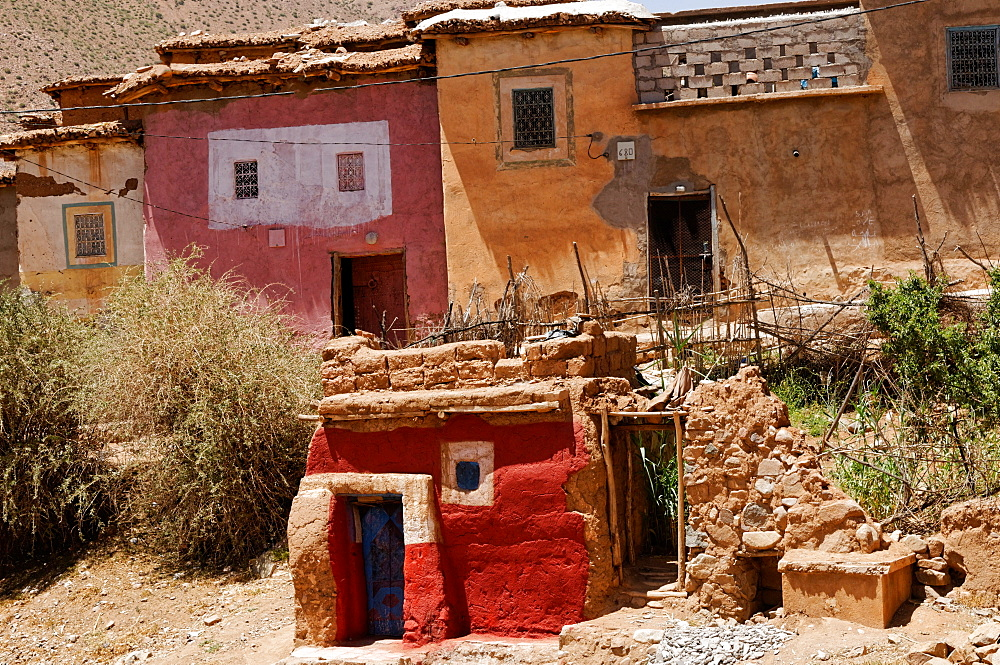 Colourful village houses in the High Atlas Mountains, Morocco, North Africa, Africa - 971-133
