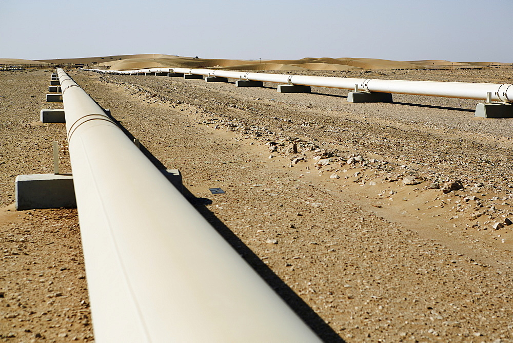 Crude Oil Line in the Qatari desert, Qatar, Middle East