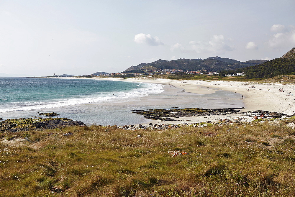 Crescent white sand beach on north eastern coast, Galicia, Spain, Europe - 975-280