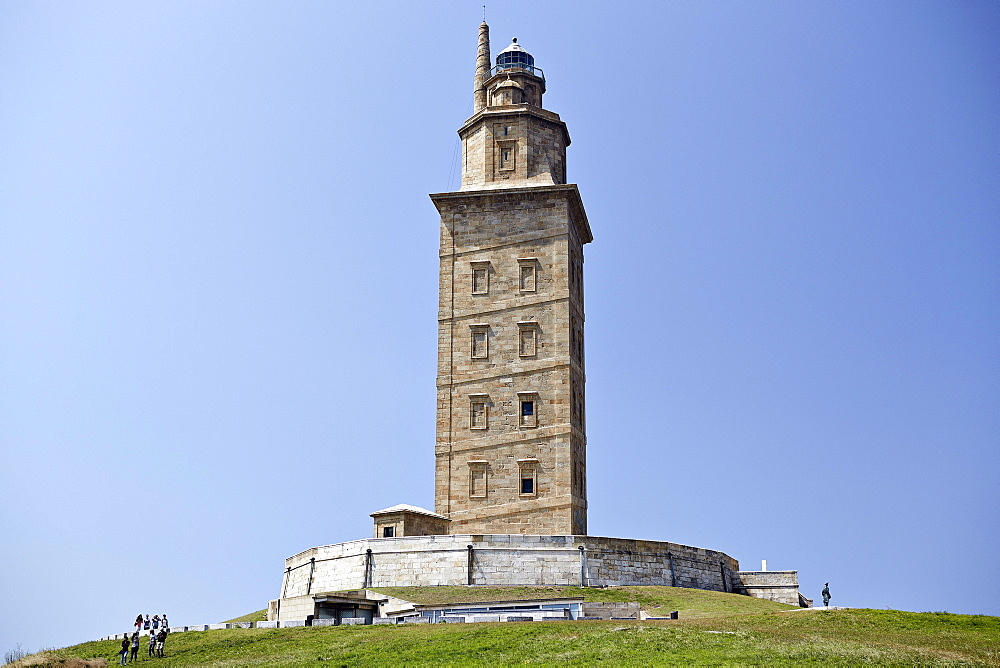 Hercules Tower, oldest Roman lighthouse in use today, UNESCO World Heritage Site, A Corun±a, Galicia, Spain, Europe - 975-282