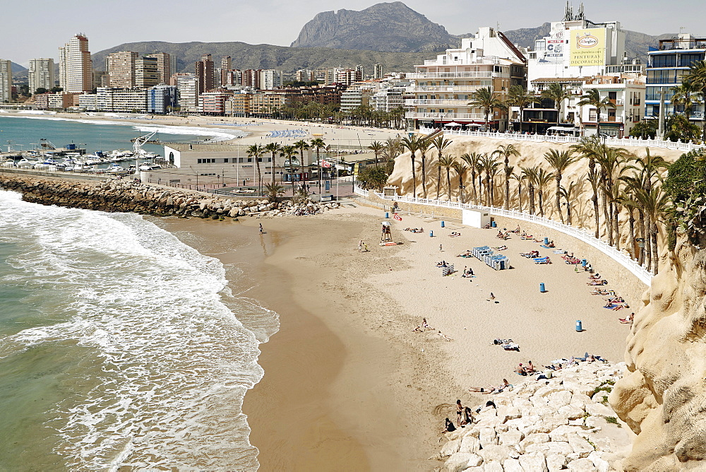 View of the beach in Benidorm, Costa Blanca, Spain, Mediterranean, Europe - 975-289