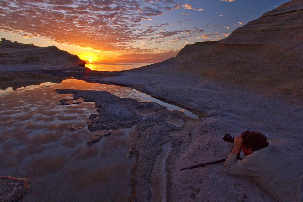 Sunrise for photographers on Punta Colorado on Isla San Jose in the Gulf of California (Sea of Cortez), Baja California Sur, Mexico.