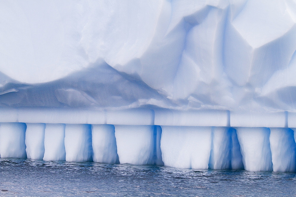 Iceberg detail in and around the Antarctic Peninsula during the summer months, Southern Ocean. MORE INFO An increasing number of icebergs are being created as climate change is causing the breakup of major ice shelves and glaciers all around the Antarctic Peninsula. - 979-9384