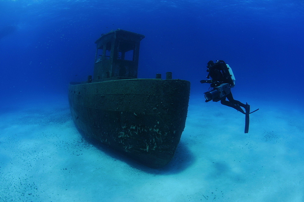 Cameraman Michael Pitts on the wreck of the ''Blue Plunder'' Bahamas.