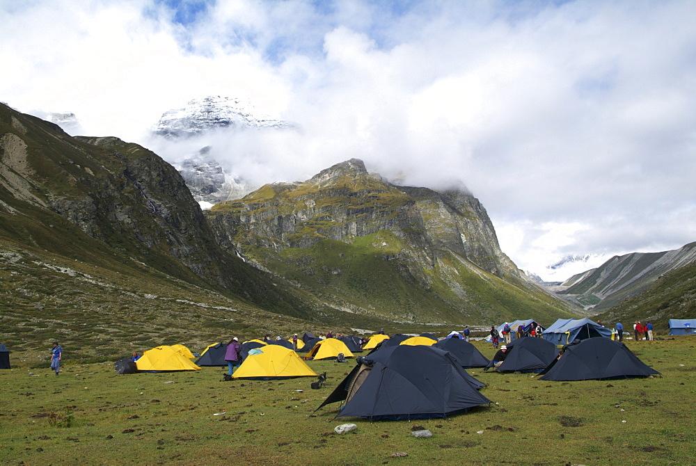 Mountain Campsite. Mountain and Clouds. Himalayas, Tibet. - 986-122