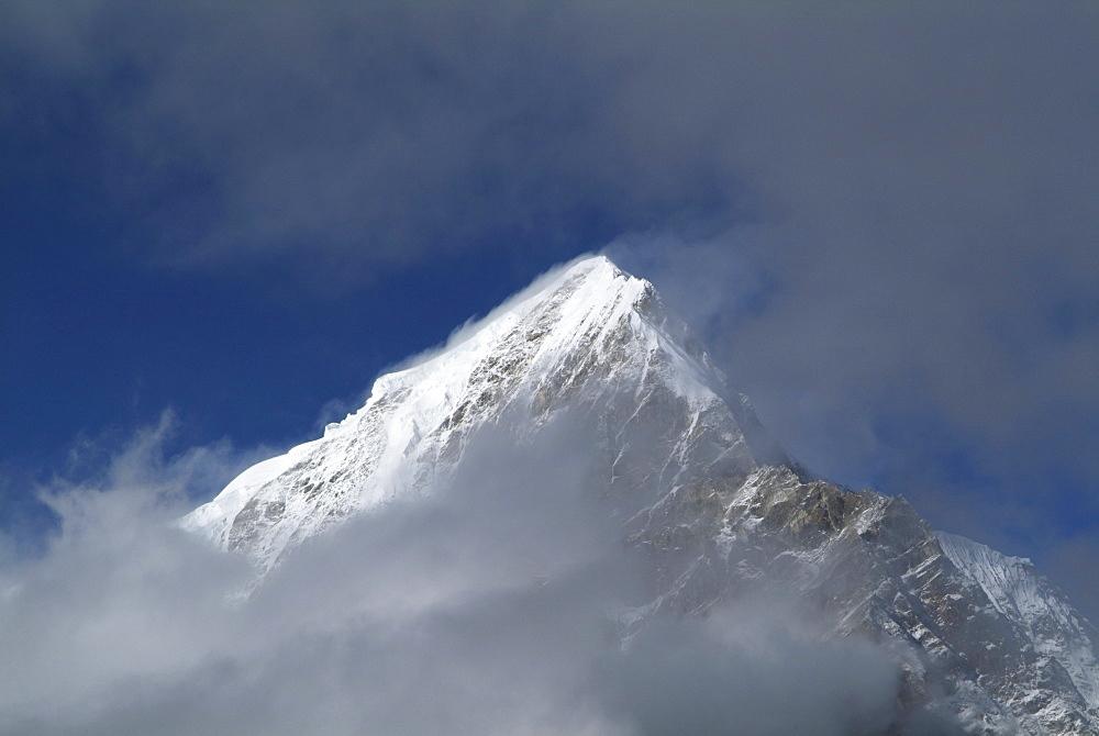 Tibetan  Mountain and Clouds.  Himalayas, Tibet. - 986-131