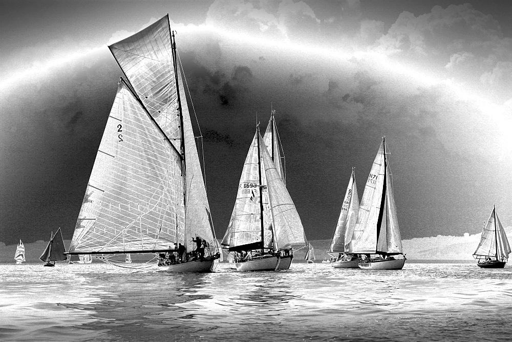 Yachts. Classic Boats, Sailing River Dart, Dartmouth, Devon. - 986-23