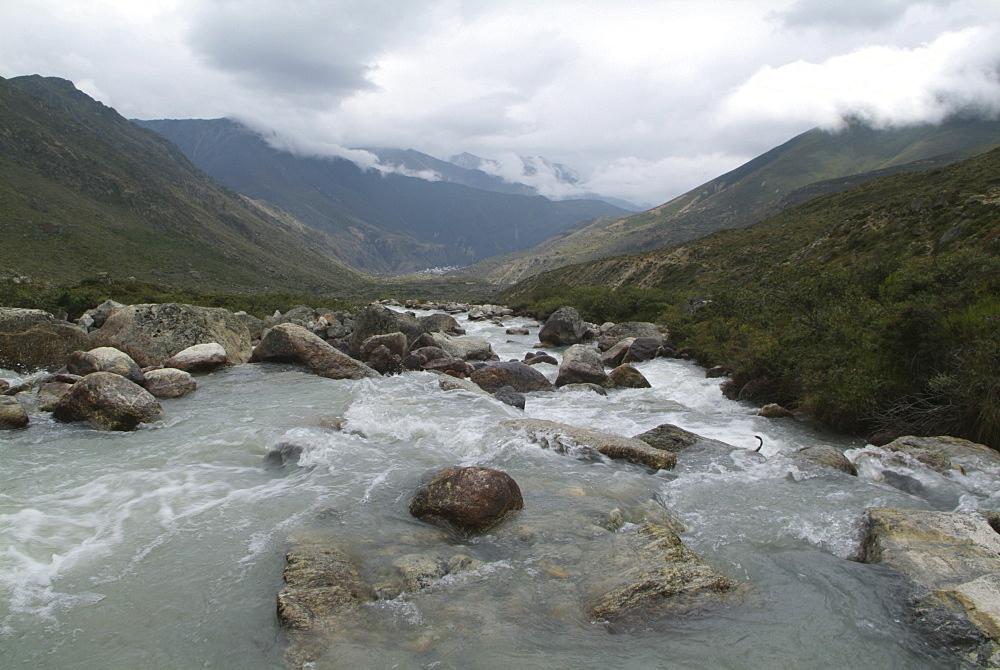 River. Tibet. - 986-47