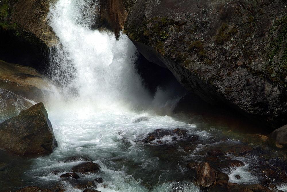 River. Tibet. - 986-49