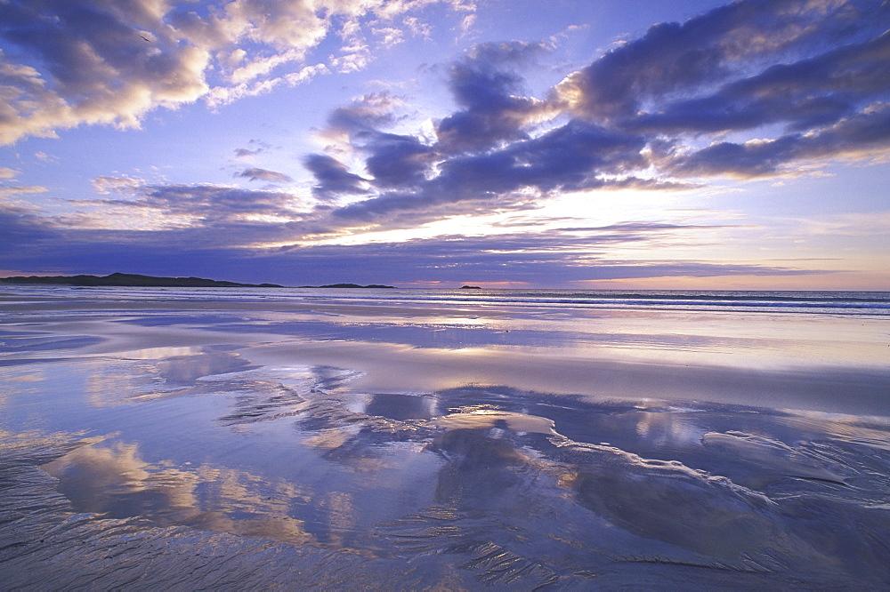 scottish beaches wet beach and sky feall bay, coll, argyll, scotland - 987-137