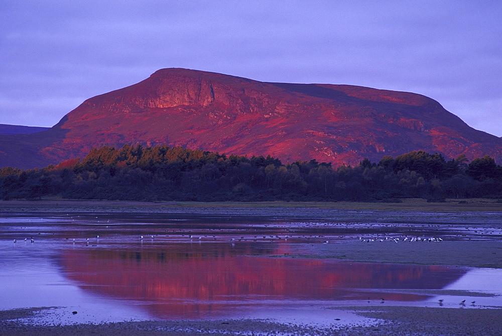 mountains creag liath at dawn november golspie, sutherland,scotland - 987-160