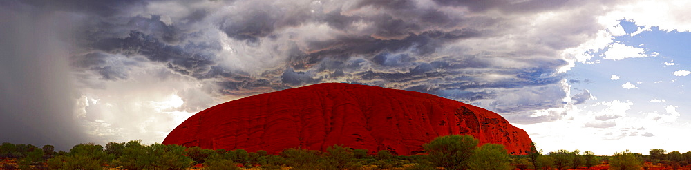 Morning light with rain storm approaching, Uluru (Ayers Rock), Uluru-Kata Tjuta National Park, UNESCO World Heritage Site, Northern Territory, Australia, Pacific - 1102-55