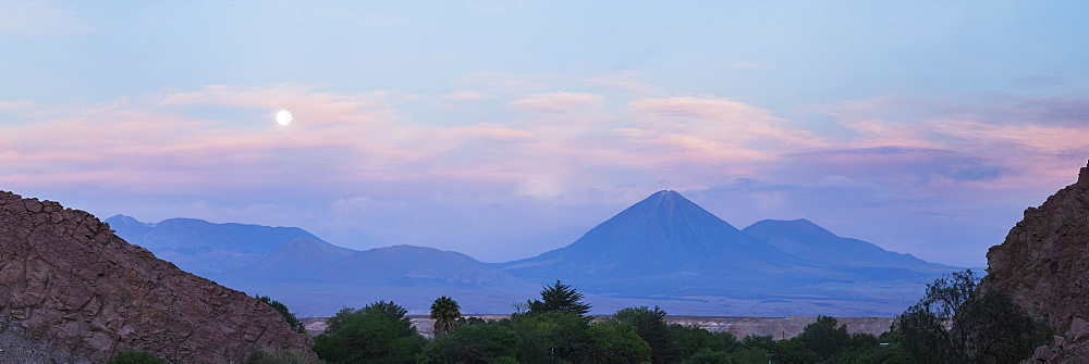 Sunset at Licancabur Volcano, 5,920m and Juriques Volcano, 5704m, stratovolcanos in the Atacama Desert, North Chile, Chile, South America