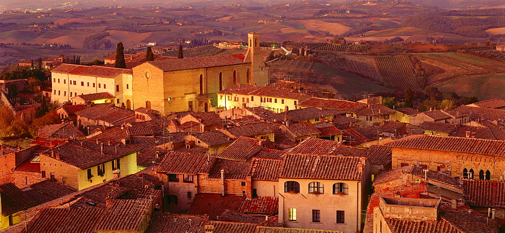 Panoramic city overview, church of Sant¥Agostino, San Gimignano, Tuscany, Italy