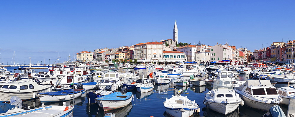 Panoramic image of the harbour and the old town with the cathedral of St. Euphemia, Rovinj, Istria, Croatia, Adriatic, Europe