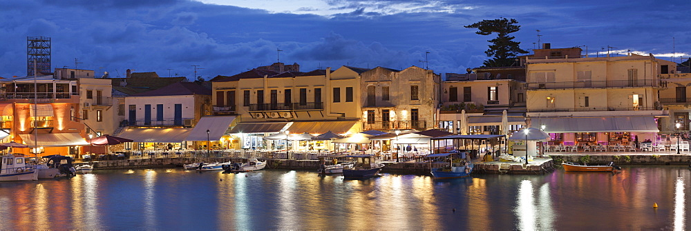 Old Venetian harbour, taverns on seaside, Rethymno, Rethymnon, Crete, Greek Islands, Greece, Europe