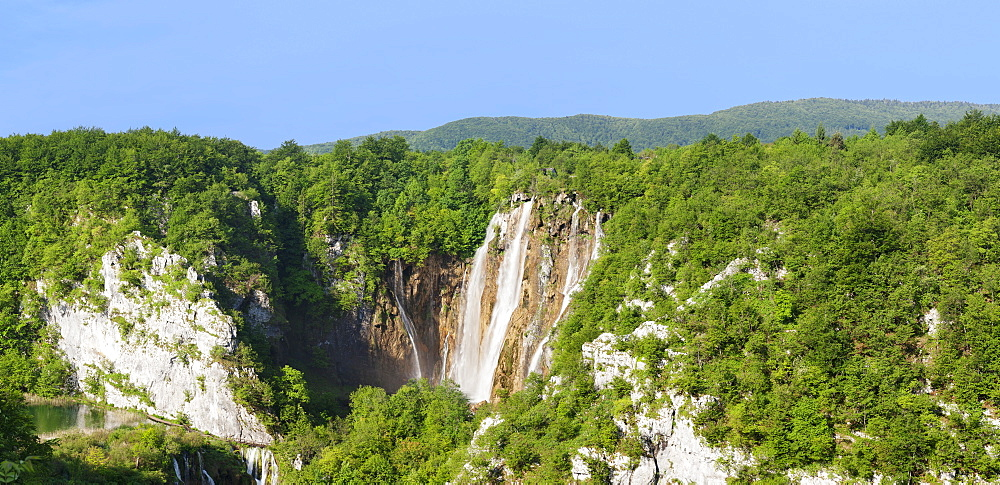 Waterfall Veliki Slap, Plitvice Lakes National Park, UNESCO World Heritage Site, Croatia, Europe